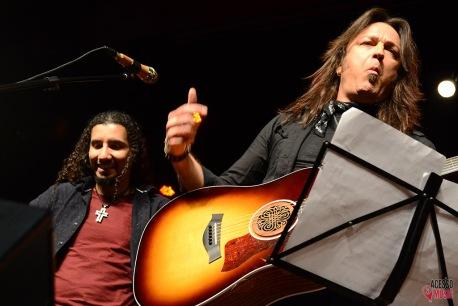 Michael Sweet e o Bob (foto: Clovis Roman)